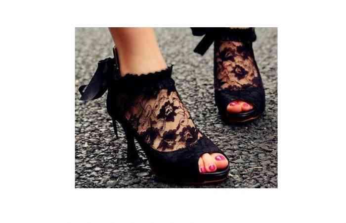 Pantofii Peep toe: ghid de combinare